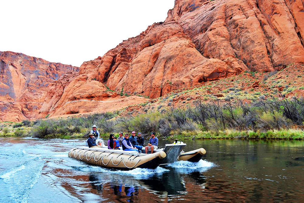 Glen Canyon Float Trips